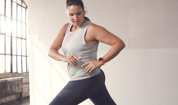 Fossil Sport, campagne publicitaire avec Candice Huffine, marathonienne